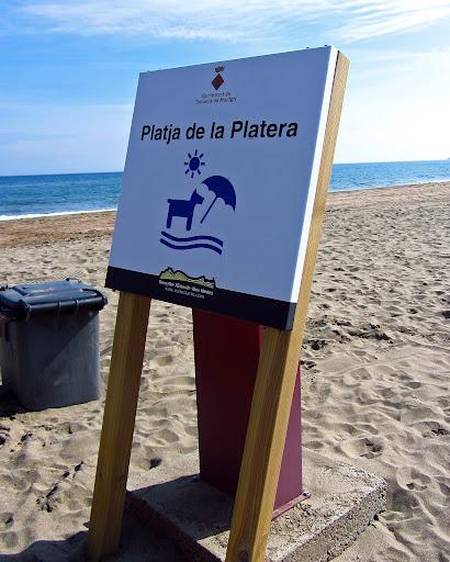 Playa de la Platera para perros en Girona