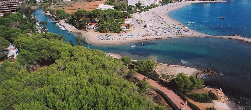 playa-canina-rio-santa-eulalia-menorca
