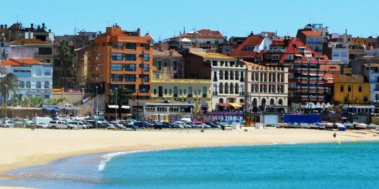 29 alojamientos para ir con tu perro a Palamós para pasar unas vacaciones de playa y mar en la Costa Brava