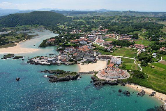 Foto de Isla en Cantabria donde ya puedes ir con tu mascota