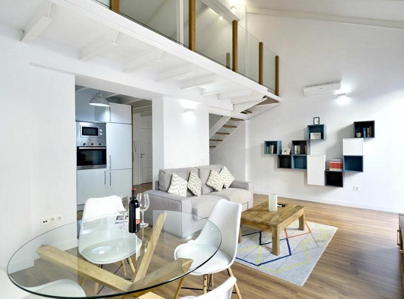 Foto del interior de un apartamento de lujo que admite perros en Málaga donde puedes pasar unas vacaciones con tu perro