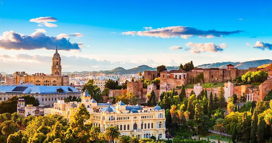 Foto de Málaga con todos los monumentos y visión general