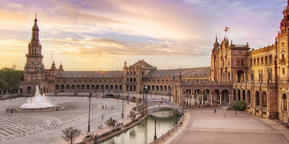 Foto de Sevilla donde te mostramos muchos alojamientos para ir de vacaciones con tu perro