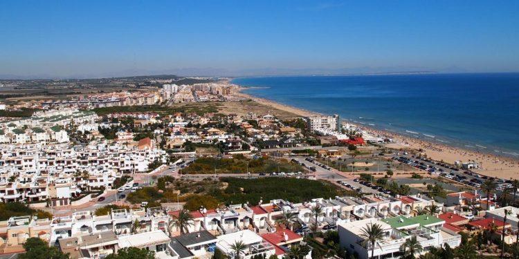 Foto de La Mata cerca de Torrevieja donde se puede ver la playa