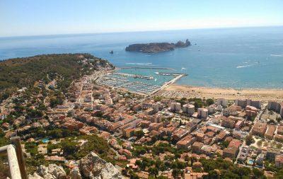 Foto desde lo alto de una montaña de Sant Pere Pescador