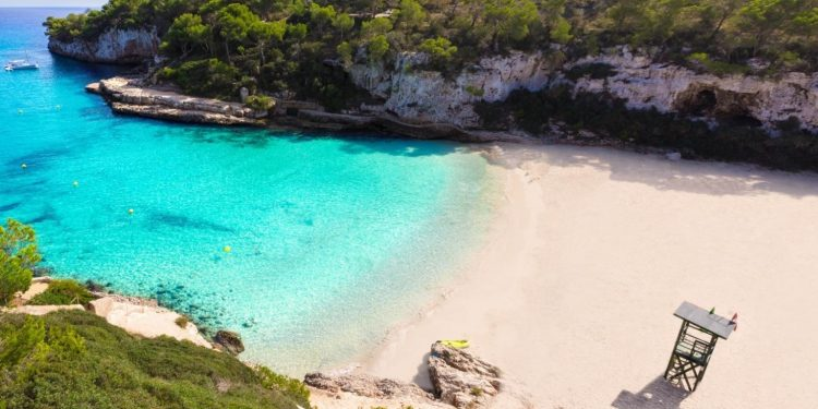 Foto de una de las playas paradisíacas que puedes encontrar en Llucmajor