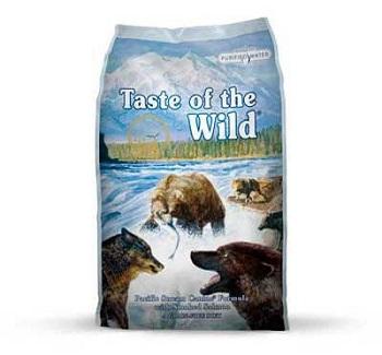 Pienso para perros con salmón ahumado ideal para perros esterilizados porque ayuda a controlar el peso