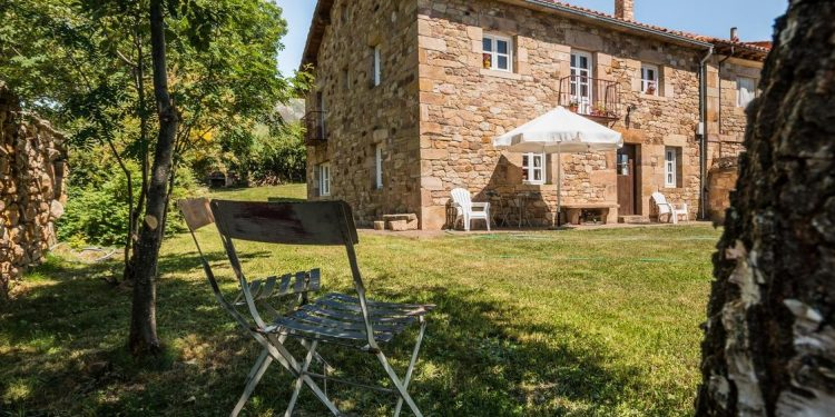 Casas Rurales Que Admiten Perros Gratis En Cantabria Redcanina Es