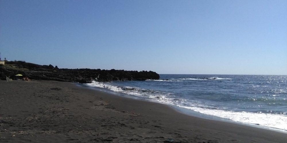 Foto de la playa para perros de Los Guirres en La Palma