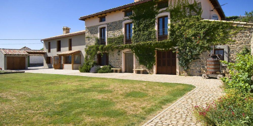 Foto de la casa rural para perros Casa Sarasa en Derdún, uno de los mejores destinos de Huesca para ir con tu mascota