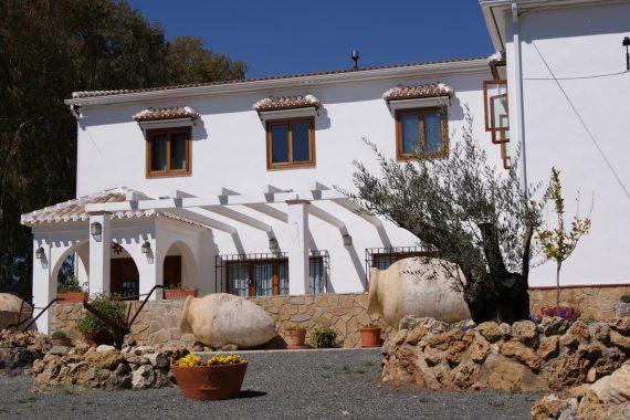 Hoteles que aceptan mascotas en Andalucía ideales para ir de vacaciones y disfrutar de la naturaleza