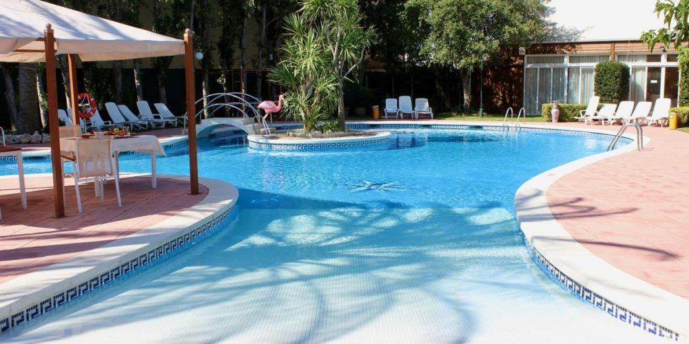 Mejores hoteles que admiten perros en Empuriabrava en plena Costa Brava