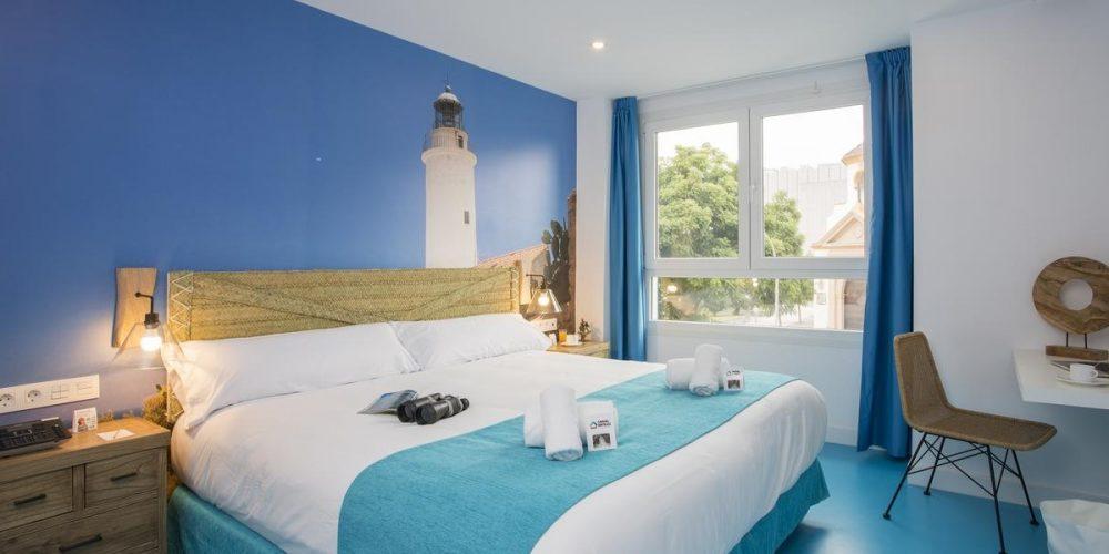 Mejores hoteles para ir con mascotas a la ciudad de Málaga y disfrutar de la ciudad, la Costa del Sol y de las playas que admiten perros