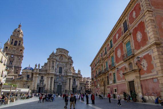 Apartamentos para ir con tu mascota a visitar la ciudad de Murcia