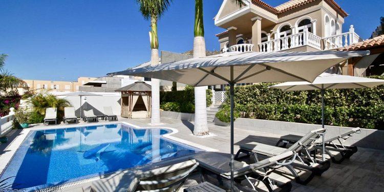 Villas que admiten mascotas en el Sur de Tenerife ideal para tus próximas vacaciones o una escapada en cualquier momento del año.