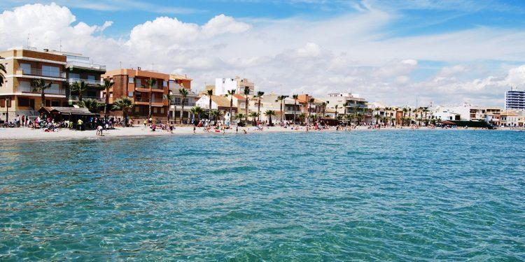Apartamentos que admiten mascotas en Los Alcázares para disfrutar de unas vacaciones de playa