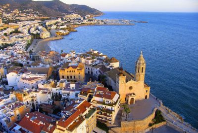 Hoteles que admiten mascotas GRATIS en Sitges