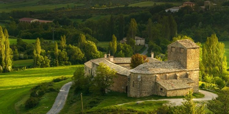 Hoteles que admiten mascotas en la provincia de Navarra para tus vacaciones con mascotas