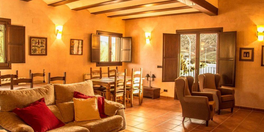 Casas y hoteles rurales que admiten mascotas en Aragon